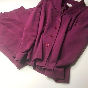 Koret pant set burgundy in color size 10